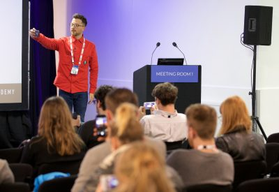 BrightonSEO_Apr18_KimSlade